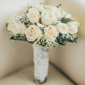 Beautiful White Roses for moms of Metro Manila