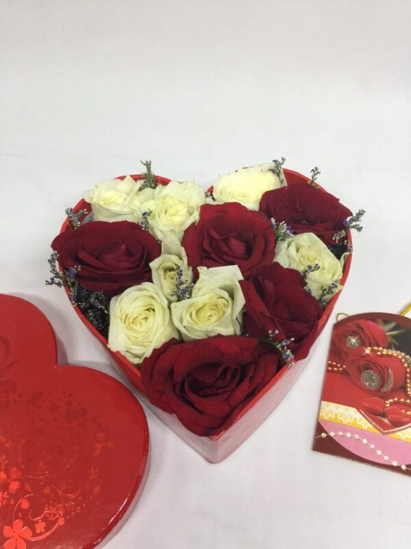 Box of Roses #104